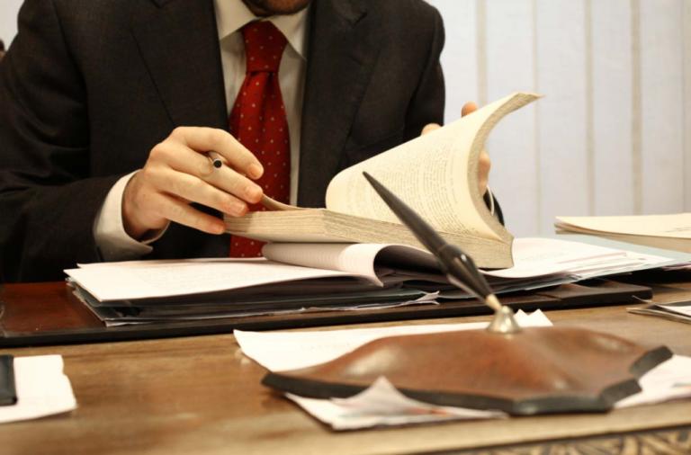 Надання адвокатських послуг в Росії