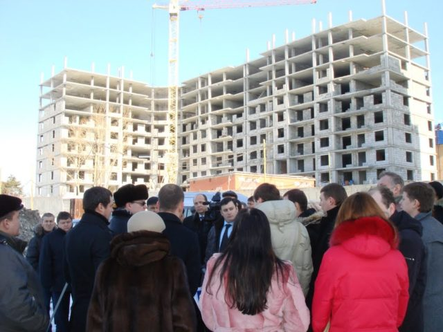 Як можна захистити українців від «заморожених» будівництв
