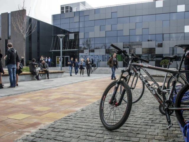 Як виглядає перше в Україні інноваційне містечко – фоторепортаж з UNIT.City