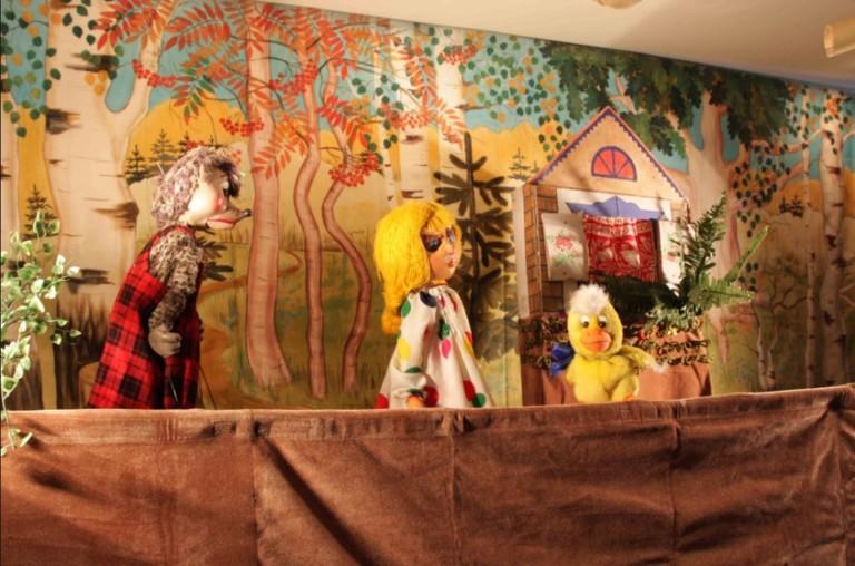 Бізнес на відкритті лялькового театру
