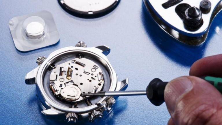 Бізнес на відкритті годинниковій майстерні