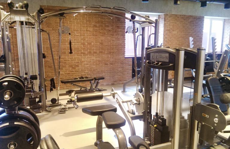 Открываем фитнес-клуб. Стоит ли экономить на оборудовании?